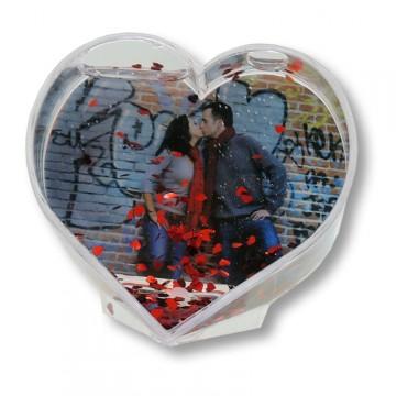 Portafotos con forma de corazón y con corazones