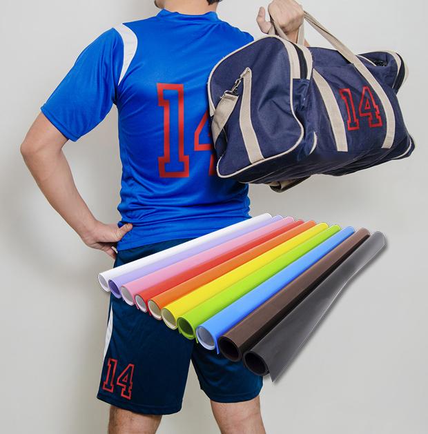 Camiseta y bolsa personalizadas con vinilo textil