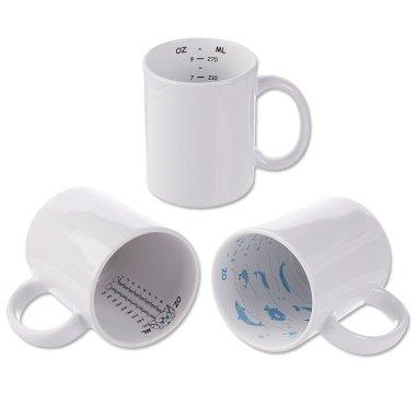 Tazas blancas con medidor interior impreso