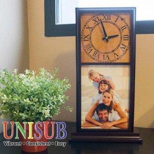 Reloj de sobremesa de madera de caoba