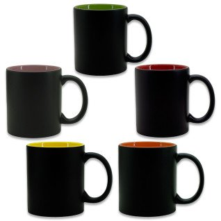 Taza negra mate con interior de color