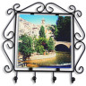 Colgador de llaves de forja para azulejo de 15x15 cm - Detalle con azulejo