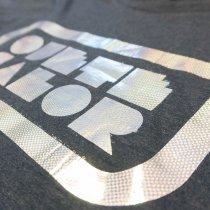 Láminas foil Fantasía - Detalle camiseta personalizada